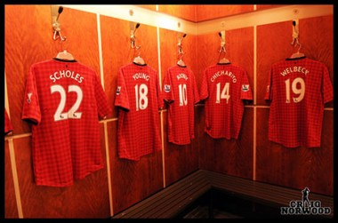 The 2012/2013 Manchester United home kit in the changing room (@craignorwood)