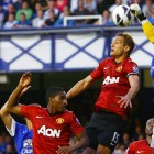 David De Gea punches out against Everton