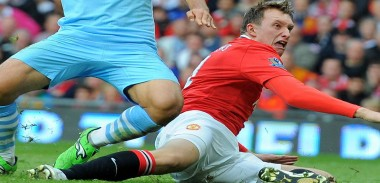 phil-jones-tackle