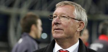 Sir Alex Ferguson pitch side