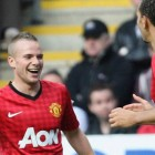 Attacks on Tom Cleverley continue