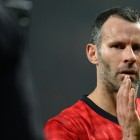 ryan-giggs-clapping