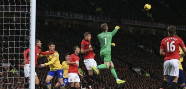 david-de-gea-punch