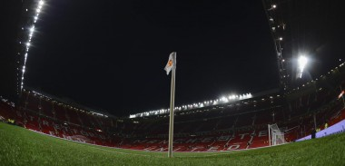 old-trafford-corner-flag