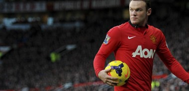 wayne-rooney-with-ball